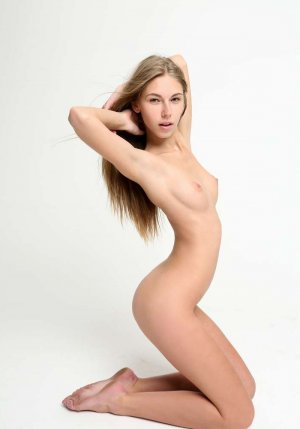 Chahrazede eros escorts in Lexington